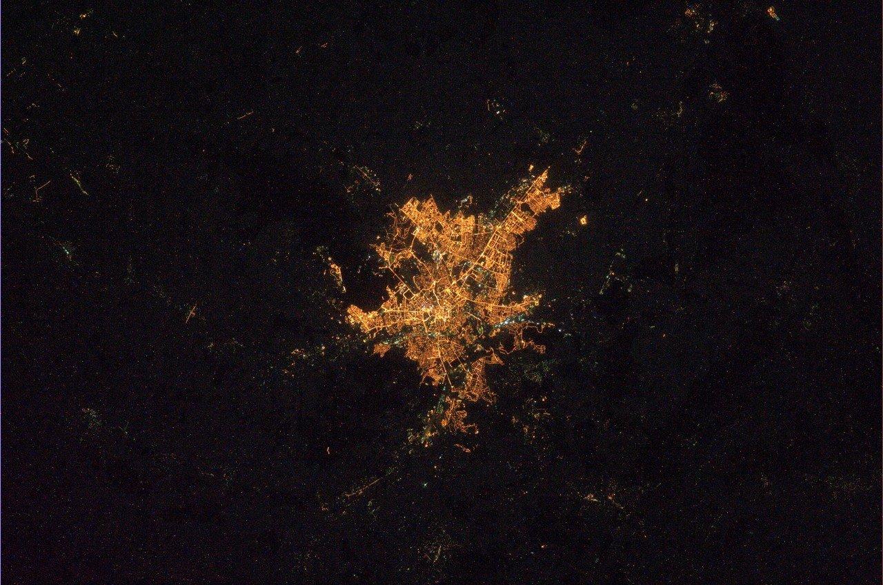 Чердачок: ночной Харьков
